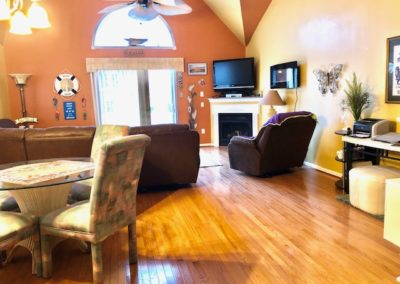 456 Baker House Living room